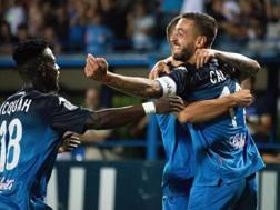 Afriyie Acquah e Francesco Caputo festeggiano il gol del raddoppio. Ansa