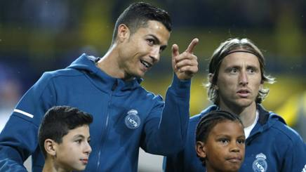 Cristiano Ronaldo e Luka Modric, ex compagni di squadra al Real Madrid. Ap