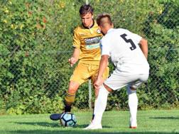 Francesco Renzi con la maglia dell'Udinese. Lapresse