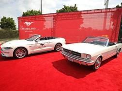 La decimilionesima Mustang con il primo modello