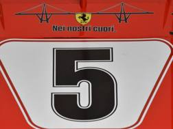 La Ferrari ricorda Genova. Ap