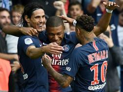 I parigini festeggiano la terza vittoria stagionale in campionato. Afp