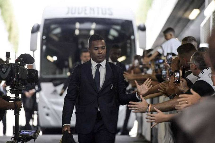 Alex Sandro Getty Images