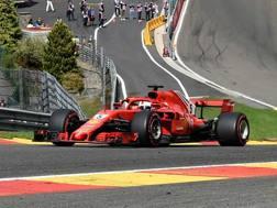 Sebastian Vettel in azione all'Eau Rouge. Afp