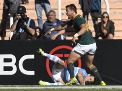 Nicolas Sanchez, 29 anni, dopo la meta realizzata contro i sudafricani AFP