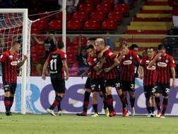 L'esultanza del Foggia dopo il gol. LaPresse
