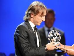 Modric riceve il premio Uefa