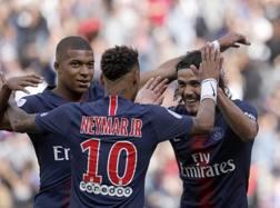 Mbappè, Neymar e Cavani, attaccanti del Psg. Ap