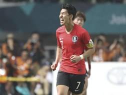 Son Heung-Min, 26 anni, centrocampista del Tottenham. Epa