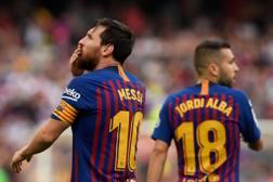 Leo Messi e Jordi Alba, protagonisti contro l'Huesca. AFP