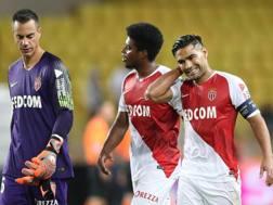 La delusione del Monaco dopo la sconfitta col Marsiglia. Afp