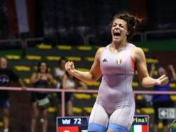 Enrica Rinaldi esulta dopo il suo approdo in finale ai Campionati Europei juniores di Roma