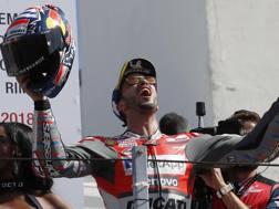 La gioia di Andrea Dovizioso per la vittoria di Misano. Ap