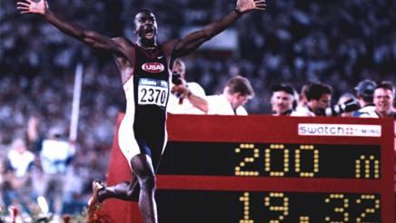 Michael Johnson e il suo record sui 200 LAPRESSE