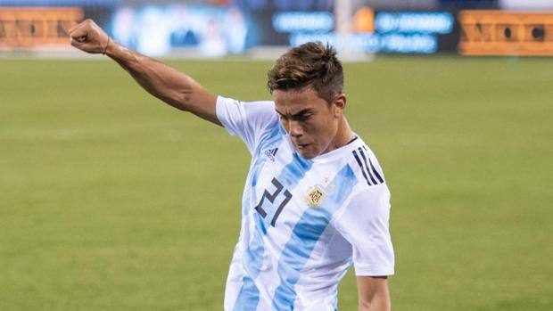 Paulo Dybala in action against Colombia. Epa