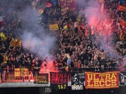 Tifosi Lecce. LAPRESSE