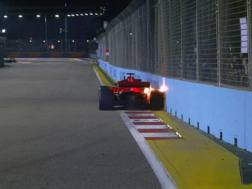 La strusciata di Vettel a Singapore nelle Libere2