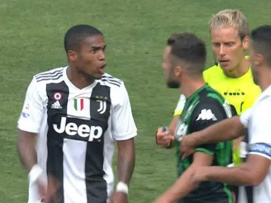 D. Costa, stop di  4 giornate per lo sputo a Di Francesco