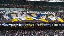 La coreografia dei tifosi dell'Inter. AFP