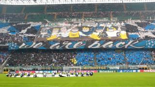 La coreografia dello Stadio San Siro durante Inter-Tottenham. Kulta