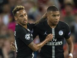 Neymar e Mbappé. Epa