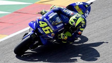 Valentino Rossi in azione ad Aragon. Afp