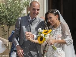 Scene da un matrimonio: Antonella Palmisano e Lorenzo Dessi sposi. De Vito
