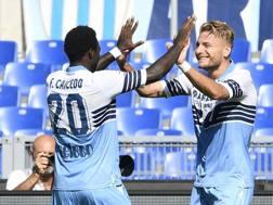 Felipe Caicedo e Ciro Immobile festeggiano la vittoria della Lazio all'Olimpico. Getty