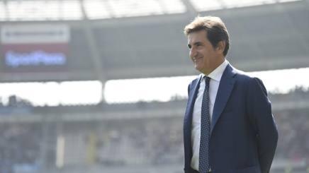 Urbano Cairo, 61 anni, in campo prima della sfida tra Torino e Napoli. Lapresse
