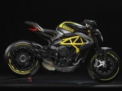 L'MV Agusta Dragster 800 RR Pirelli