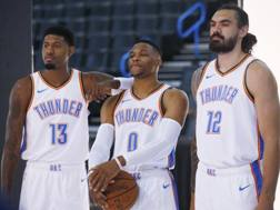 Paul George, Russell Westbrook e Steven Adams AFP
