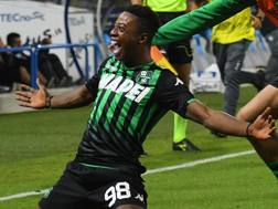 Adjapong festeggia il gol. Getty
