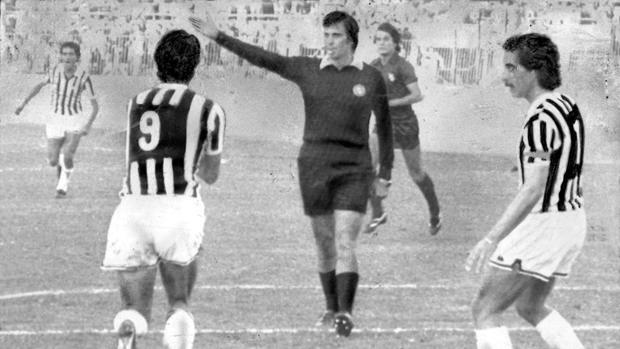 Il celebre litigio con Roberto Bettega in Juve-Torino dell'ottobre 1980.
