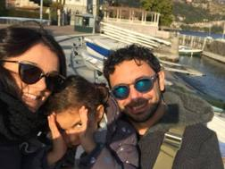 La  famiglia Mazzanti: da sinistra Serena Ortolani, Gaia e Davide