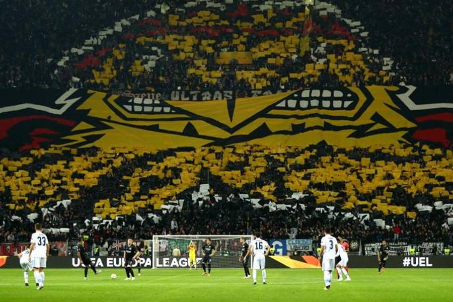 La curva dell'Eintracht Getty