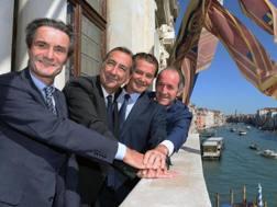 Da sinistra il governatore lombardo Fontana, il sindaco di Milano Sala, il sindaco di Cortina Ghedina e il governatore veneto Zaia. Ansa