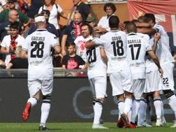 La festa dei giocatori del Parma. LaPresse