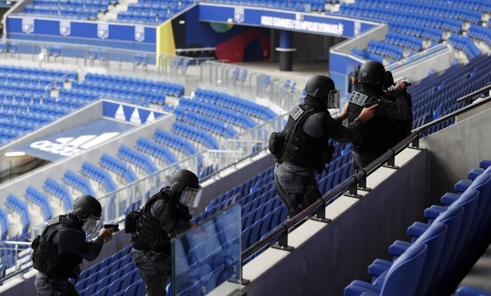 La simulazione all'interno dello stadio. Afp