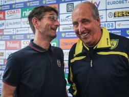 Gian Piero Ventura, nuovo tecnico del Chievo, insieme al presidente Campedelli. Lapresse