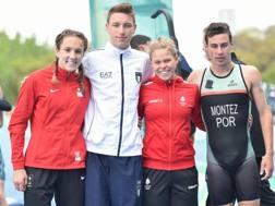 Alessio Crociani con la staffetta mista continentale d'oro nel triathlon