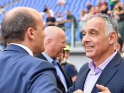 Mauro Baldissoni, di spalle, e James Pallotta. LAPRESSE