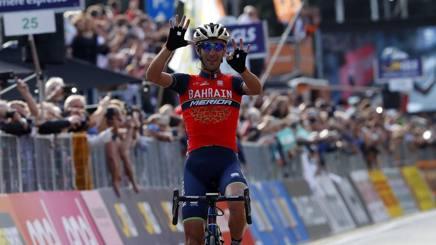 Vincenzo Nibali vincitore del Giro di Lombardia 2017. Bettini