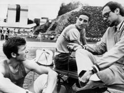 Un'immagine di Messico 1968. Da sinistra: Eddy Ottoz, Roberto Frinolli e il tecnico Salvatore Morale AP
