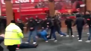Un fermo immagine degli scontri di Liverpool dello scorso aprile. Ansa