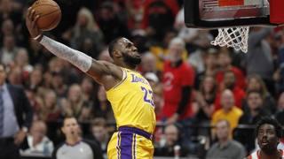 L'esordio di LeBron in maglia Lakers