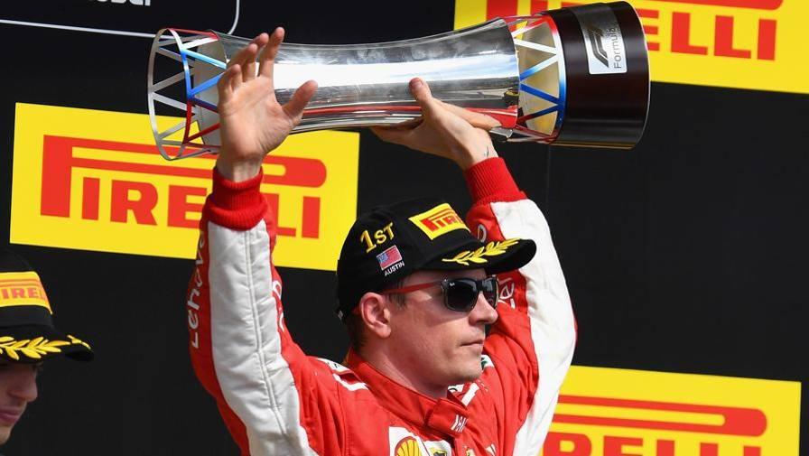 """Raikkonen: """"Felice, vittoria di squadra"""". Vettel: """"Non è un bel periodo"""""""