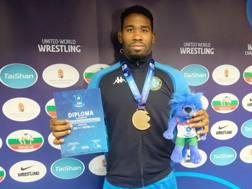 La gioia di Abraham Conyedo, bronzo nei -97 kg: prima medaglia azzurra ai Mondiali di Budapest