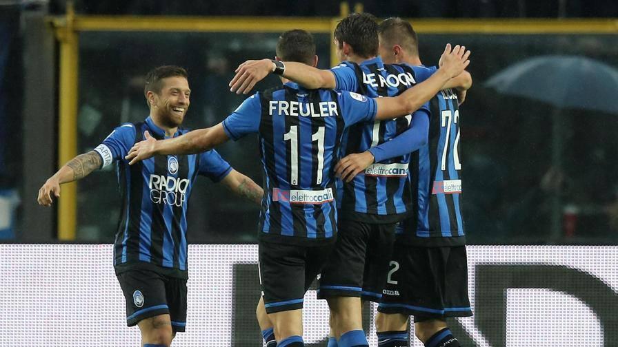 Serie A, Atalanta-Parma 3-0: autorete di Gagliolo, Palomino e Mancini