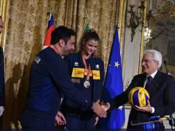 Mattarella (destra) con Mazzanti e Cristina Chirichella