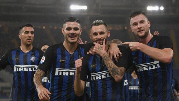 Calendario Napoli E Juve A Confronto.Serie A Juve E Inter Verso Lo Scontro Diretto Calendari A